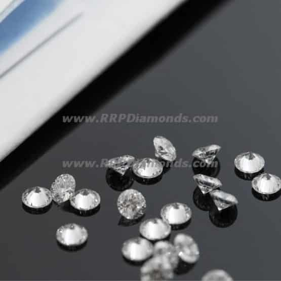 Calibrated Diamond On Table